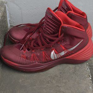 Nike HYPERDUNK Men's Size 12 Red Basketball Shoes